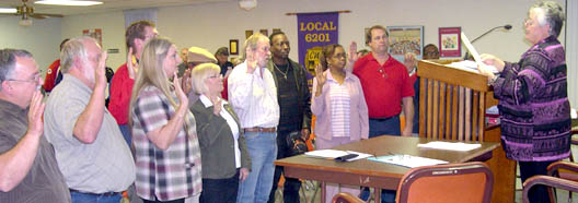 Officers of the Tarrant County Central Labor Council were sworn in by Becky Moeller of the Texas AFL-CIO