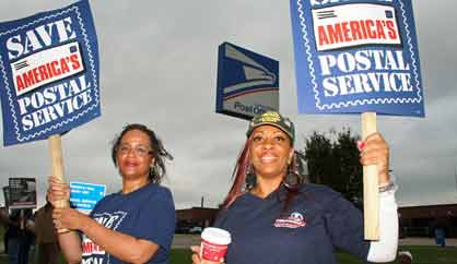 postal workers picketing