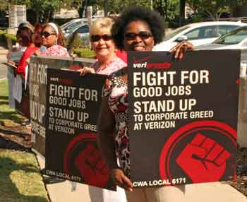 Linda Polk picketed at Verizon
